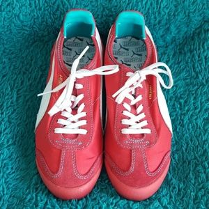 Puma Shoes - PUMA Roma Slim Nylon Sneakers! 2040fda81